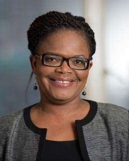 portrait of Beatrice Mtetwa